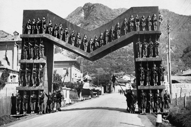Discorso Camera Mussolini : Roma camera deputati discorso del duce popolo urbe in